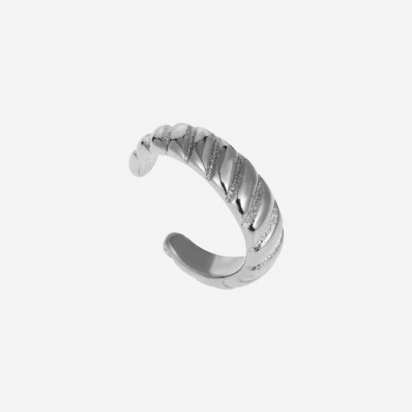 Croissant earcuff silver
