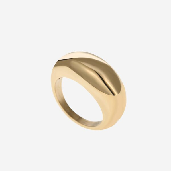Chunky bold ring gold